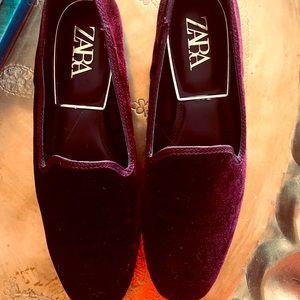 Zara loafers/slippers size 38.